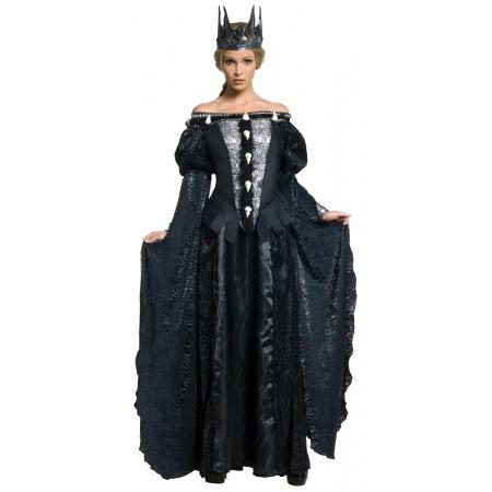 Queen Ravenna Costume image